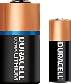 Duracell Ultra Lithium Batterie and eine Duracell AA Alkaline batterie